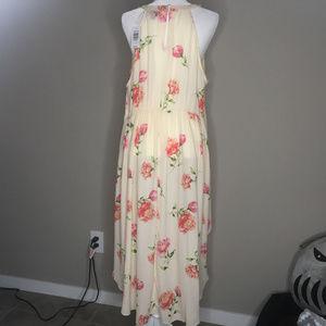 torrid Dresses - NWT Torrid Blush Floral Challis Cutaway Dress Sz 2